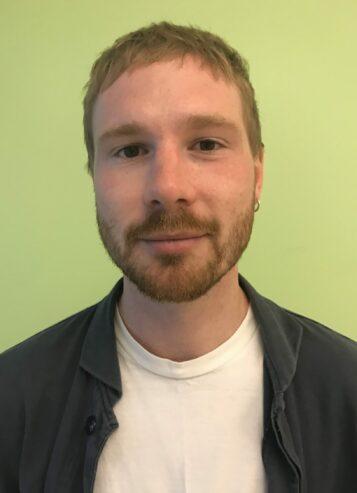 Porträttfoto av Adam Strömdahl Östberg
