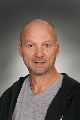 Porträttfoto av Christer Lundholm