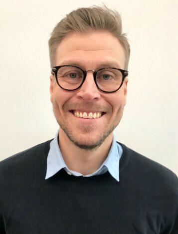 Porträttfoto av Johan Helttunen