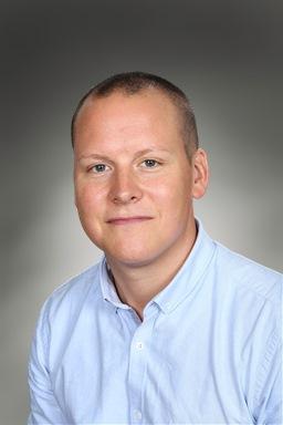 Porträttfoto av Johan Larsson
