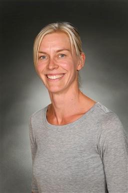 Porträttfoto av Karin Haglund