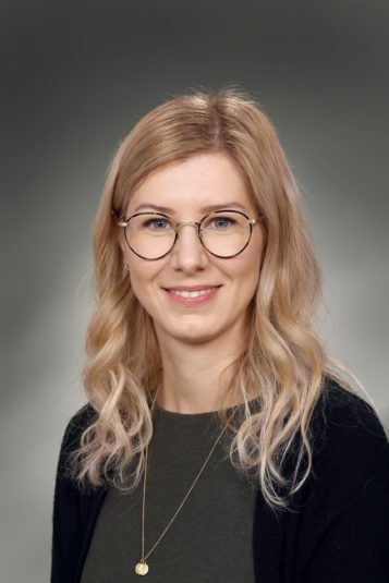 Porträttfoto av Karmen Kolar Olofsson