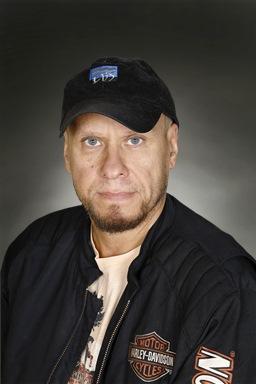 Porträttfoto av Ken Sundberg