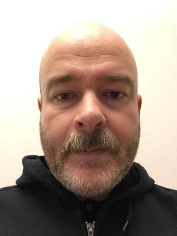 Porträttfoto av Mårten Olin